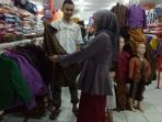 produk-batik-pakaian-adat_20180422_221000.jpg