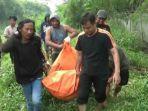 proses-evakuasi-mayat-pria-yang-ditemukan-di-rawa-kampung-pedaengan.jpg