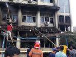 proses-pemadaman-kebakaran-susulan-di-gedung-smk-yadika-6-kota-bekasi-3.jpg