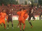 psm-makassar-vs-persija-jakarta-di-stadion-mattoanging.jpg