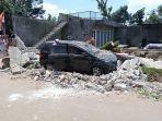 puluhan-pohon-tumbang-baliho-dan-reklame-yang-jatuh-hingga-bangunan-yang-rusak-akibat-peristiwa.jpg