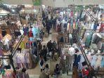 pusat-perbelanjaan-thamrin-city-mall-jakarta-pusat-terlihat-didatangi-sejumlah-pengunj.jpg
