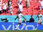 raheem-sterling-mencetak-gol-kemenangan-inggris.jpg
