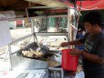 rizky-30-pedagang-gorengan-di-pasar-baru-bekasi.jpg