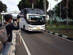 rombongan-bus-wni-tiba-di-asrama-haji-pondok-gede.jpg