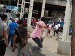 rusuh-pkl-vs-satpol-pp-di-tanah-abang.jpg