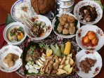 sajian-makanan-jawa-di-hotel-marriot_20180810_055333.jpg