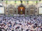 salat-iduladha-ilustrasi-di-masjid-raya-jakarta-islamic-centre.jpg