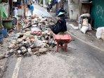 sampah-pasca-banjir.jpg