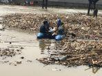 sampah-yang-menggunung-di-sungai-cisadane-1.jpg