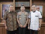 sby-dan-edhie-baskoro-yudhoyono.jpg