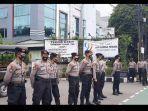 sejumlah-personel-kepolisian-berjaga-di-sekitar-kediaman-almarhum-syekh-ali-jabe.jpg