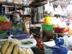 seorang-pedagang-pasar-ciracas-yang-sempat-menolak-ikut-rapid-test-di.jpg