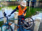 sepeda-milik-pemancing-ditemukan-di-waduk-grogol.jpg
