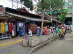 situasi-di-trotoar-sekitar-pasar-blok-f-tanah-abang.jpg