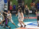 sma-dian-harapan-vs-sma-kristoforus-ii-dalam-pertandingan-basket-putri-honda-dbl-series.jpg