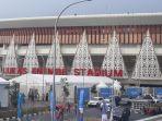 stadion-lukas-enembe-sempat-diguyur-hujan-deras-jelang-pembukaan.jpg