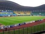 stadion-patriot-candrabhaga-kota-bekasi_20180814_215630.jpg