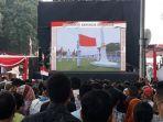 suasana-detik-detik-pengibaran-bendera-merah-putih-di-halaman-istana.jpg