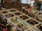 suasana-job-fair-di-mall-metropolis-tangerang_20180726_123117.jpg