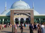 suasana-pelaksanaan-salat-iduladha-1441-h-di-masjid-raya-al-azhom-kota-tangerang-yang.jpg