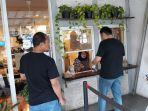 suasana-restoran-restoran-di-jalan-cipete-raya-6.jpg