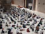 suasana-tarawih-malam-pertama-di-masjid-istiqlal.jpg