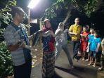 suasana-warga-kelurahan-bambu-apus-cipayung-jakarta-timur.jpg