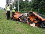 supercar-mclaren-kecelakaan.jpg