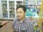 supervisor-jakarta-fruit-market-kebon-jeruk-eddy-yap_20180322_181749.jpg