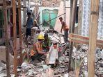 tampak-proses-renovasi-permukiman-warga-kebon-pala-senin-542021.jpg