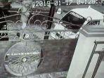 tangkapan-layar-cctv-mobil-pikap-yang-dicuri.jpg