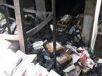 terbakarnya-toko-buku.jpg