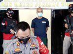 tersangka-pembunuhan-wing-wiryawan-ichlas-alias-ilas-34.jpg