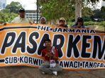 the-jakmania-pasar-kemis-datang-langsung-ke-stadion-utama-gelora-bung-karno-sugbk.jpg