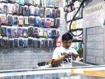toko-handphone-yang-buka-di-area-pasar-gondangdia.jpg