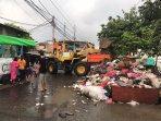 tumpukan-sampah-pasca-banjir-di-cengkareng.jpg