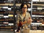 twelve-bottles-toko-wine-di-the-breeze-cisauk-kabupaten-tangerang-jumat-572019.jpg