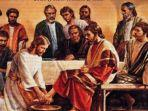 umat-katolik-menjalankan-misa-kamis-putih.jpg
