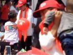 video-viral-di-media-sosial-detik-detik-iriana-jokowi-selamatkan-anak-kepanasan.jpg
