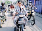 viral-pria-keliling-indonesia-pakai-motor-honda-supra.jpg