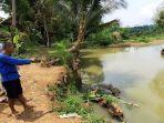 warga-kampung-leuwi-ili-desa-muara-kecamatan-cijeunjing-kabupaten-ciamis-jawa-barat.jpg