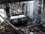 warga-sekitar-jalan-krakatau-serua-ciputat-tangsel-digegerkan-dengan-kebakaran-rumah.jpg