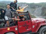 wisata-merapi-dengan-naik-mobil-jeep-kekinian-di-sleman-yogyakarta.jpg