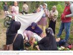 yati-28-ibu-yang-melahirkan-di-pinggir-jalan.jpg