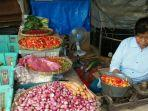 yati-57-pedagang-di-pasar-kebayoran-lama-jakarta-selatan-sabtu-2552019.jpg
