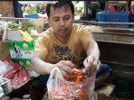 yono-41-pedagang-cabai-di-pasar-cimanggis-ciputat-tangerang-selatan-selasa-1672019.jpg