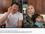 zaskia-adya-mecca-dan-sang-suami-hanung-bramamtyo-di-youtube-the-bramantyos.jpg