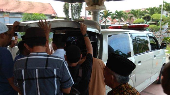 Sebelum Meninggal, Mantan Bupati Batanghari Abdul Fattah Sempat Tanyakan Payung
