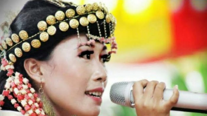 Bella Azhar Pernah Sabet Juara 2 Lomba Nyanyi Se Sumatera, ini Ritualnya Sebelum Tampil